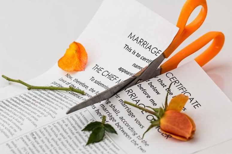 SMS poruka, razvod braka, poruka, želim te upoznati, ljubavnica, ljubavnik, ljubavnici, rizik